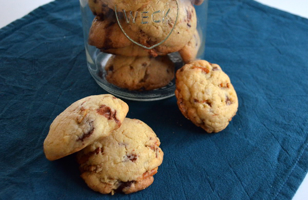 Kekse mit Salzstangen und Schokolade - Rezept für Composit Cookies