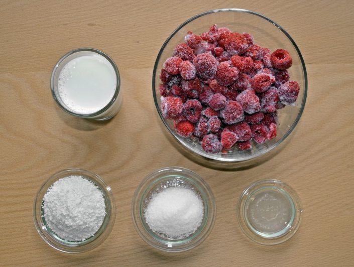 Eis selber machen mit wenigen Zutaten und ohne Eismaschine