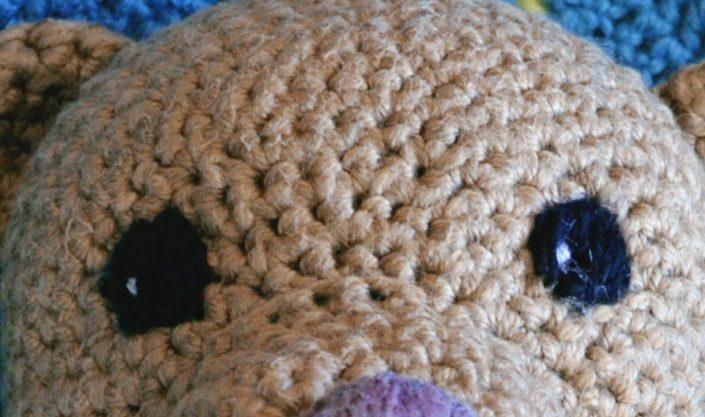 Babydecke und Teddy häkeln als Geschenk zur Geburt