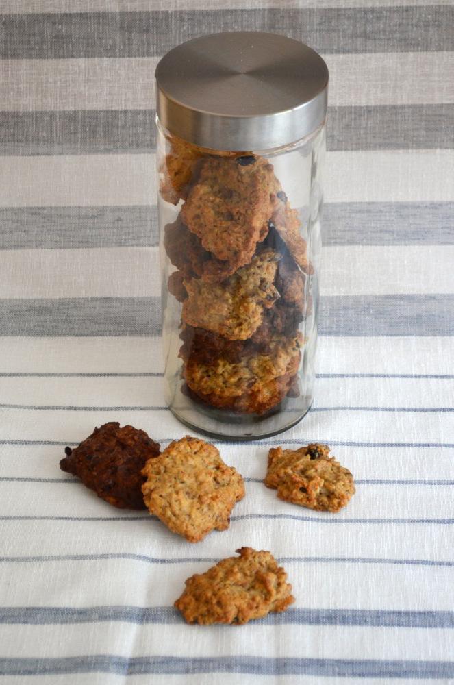 Schnelle Frühstückskekse aus Müsliresten und Backzutaten