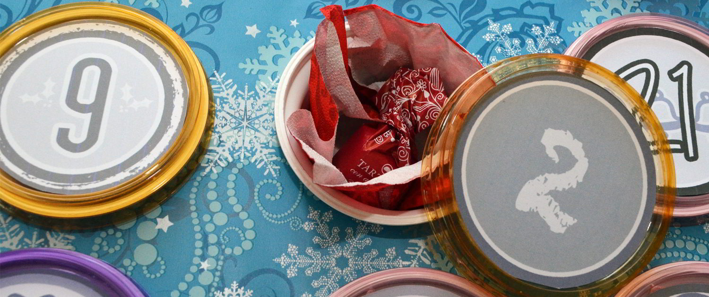 Ein DIY Adventskalender aus Pappe und Joghurtbechern