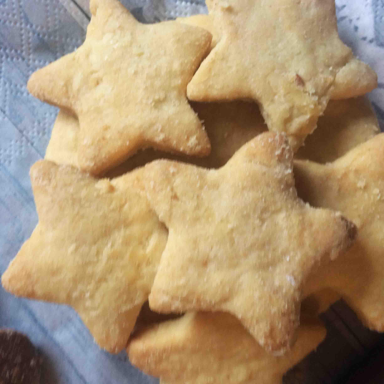 Veganer Keks Weihnachtsteller | Ausstechplätzchen