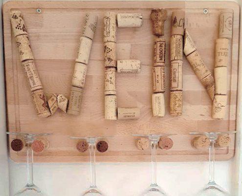 Weinglashalter mit Korken